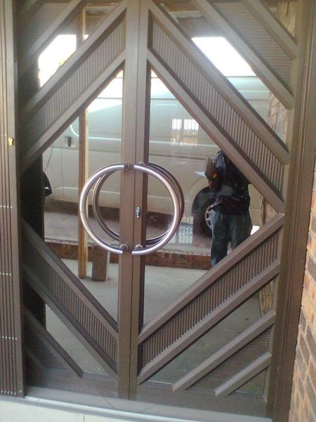 Aluminium doors starlite aluminium for Aluminium doors